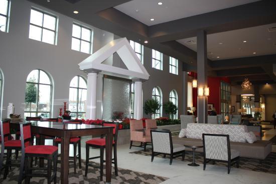 lobby picture of embassy suites by hilton tuscaloosa alabama rh tripadvisor co uk