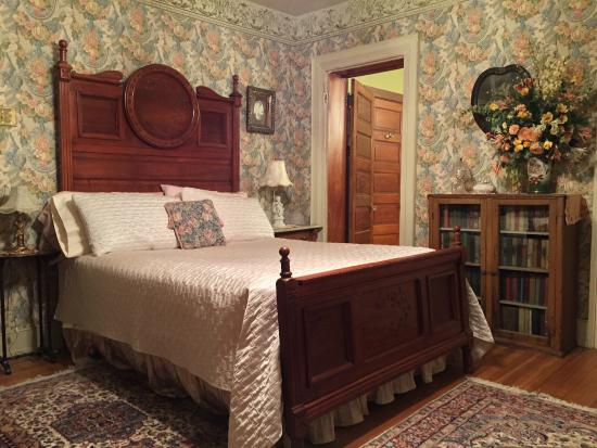 Gilded Cupid B&B Picture