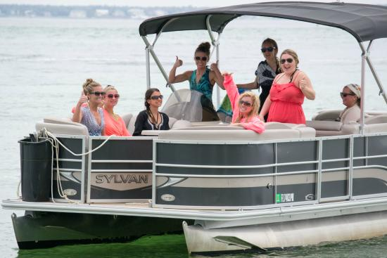 Power Up Watersports: Happy Boaters!