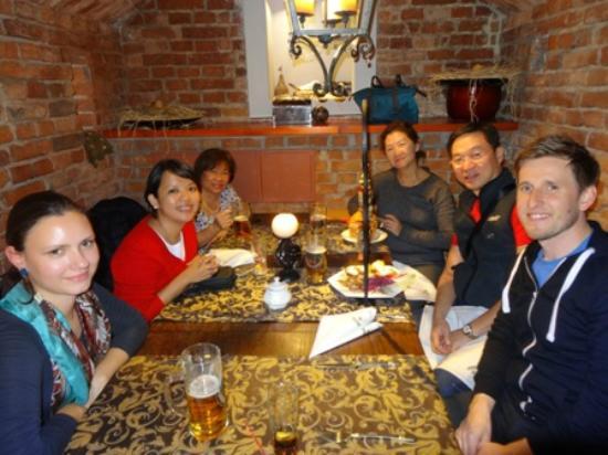 Oberza Sasiadow Apartments: dinner at oberża sąsiadów