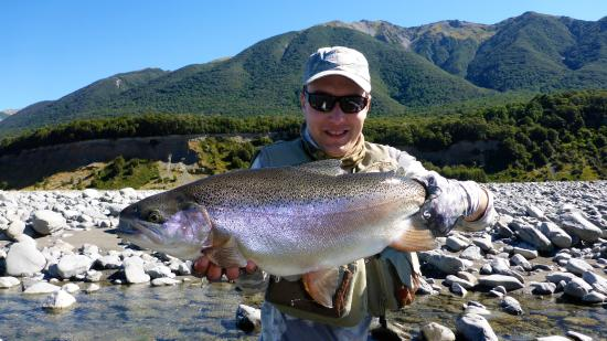 Southern Rivers Fly Fishing: Trophy rainbow. 11lbs