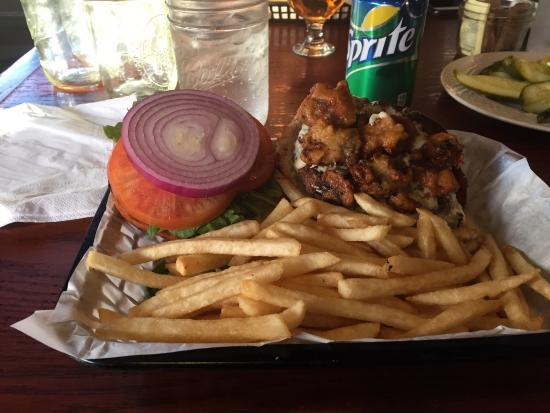 South Gate Brewing Company: Bleu cheese and mushroom burger.��
