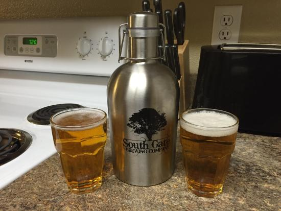 South Gate Brewing Company: Brought home a couple of their local brews. ��