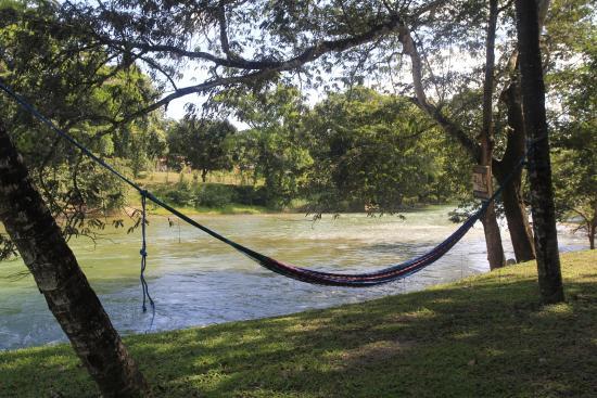 Mahogany Hall Boutique Resort: the beautiful Mopan River