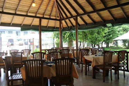 Buffet - Picture of Victoria Gardens Restaurant, Nuwara Eliya ...