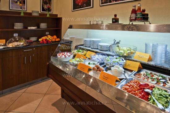 Avanti Hotel: Breakfast