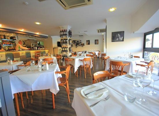 Shows the interior of Wigi's Kitchen restaurant in St Julians