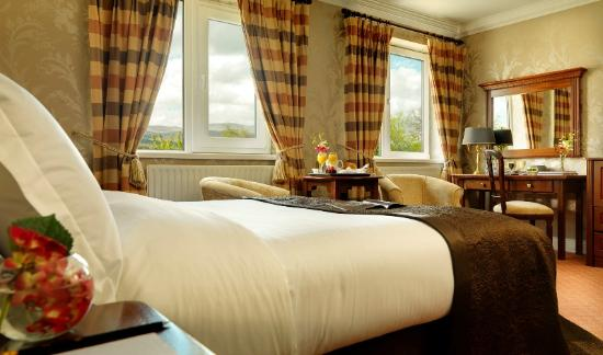 Ballygarry House Hotel & Spa: Classic Guest Room