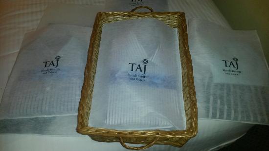 Taj Pamodzi Hotel : Isn't the way they return the laundry really great?