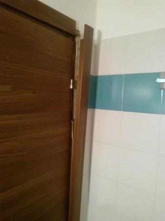 Muffa nella doccia - Muffa nella doccia ...