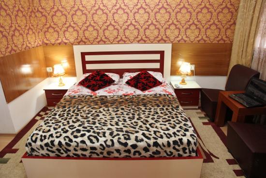 Hotel Parlamenti: Double Room