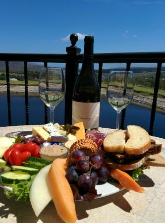 Hermanus, África do Sul: Best wine tasting experience in the Hemel and Aarde Valley. Almaro the host made it memorable, t