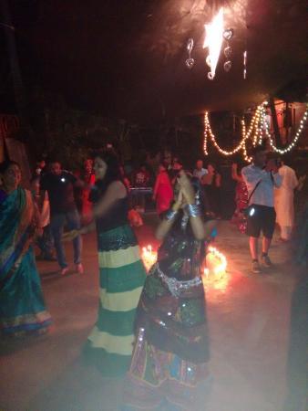 Secret Garden Resort: Garba night, Sangeet