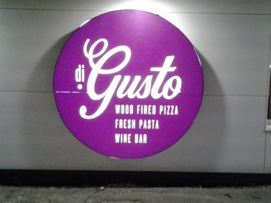 Di Gusto Pizza & Pasta: logo