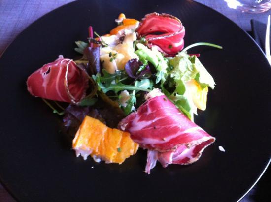 Ma Femme est Formidable : Salade haddock et echine de porc produite localement - surprenant