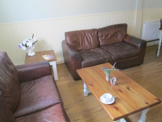 Farmer & Friends: Sofa and tables