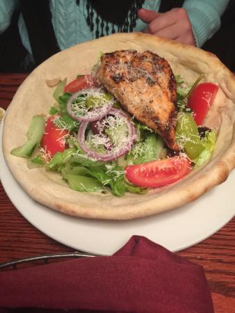 Giannos Stone Oven Pizzaria : Giannos salad with salmon