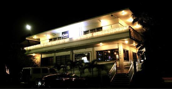 S.A.L.T Fusion Cuisine & Cana Lounge : Exterior
