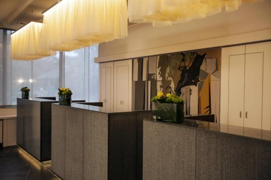 Renaissance Hotel Düsseldorf: Reception