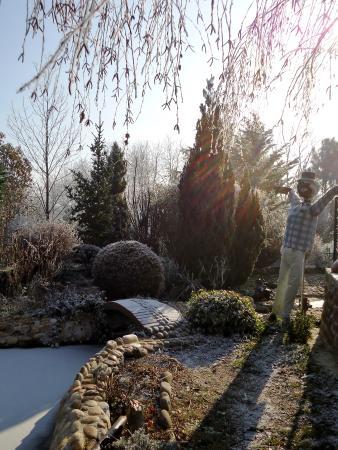 Petit pont en pis du jardin zen picture of jardin zen for Pont jardin zen