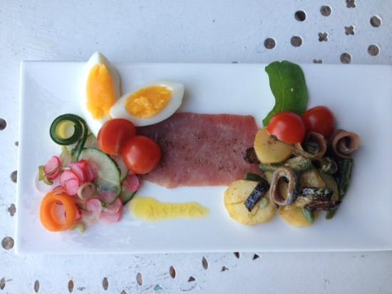 Roussas, France : Diner