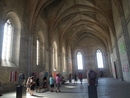 Avignon, France: Nackte Frauen an den Wänden im Papstpalast... WARUM? :D