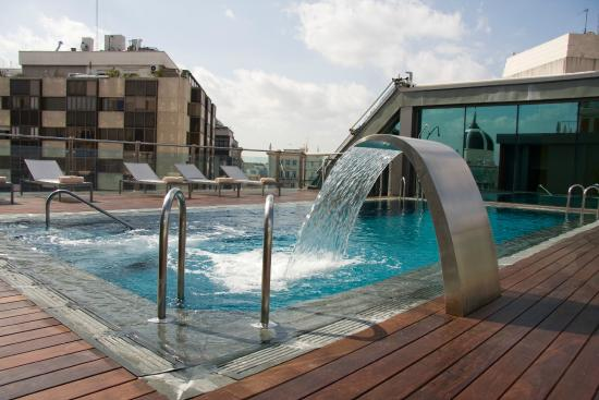 Rooftop Swimming Pool Picture Of Hotel Santo Domingo Madrid Madrid Tripadvisor