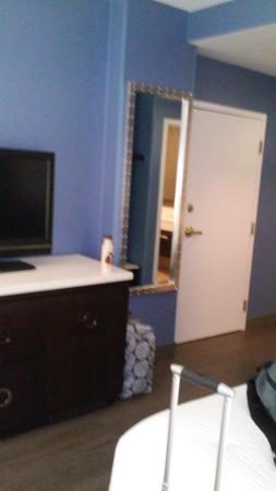 Fairfield Inn & Suites Chicago Downtown/Magnificent Mile: inside the room