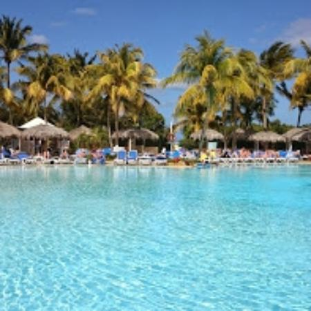 Melia Cayo Coco: Pool area