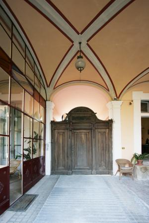 Villa Cavadini Relais: Главный вход!