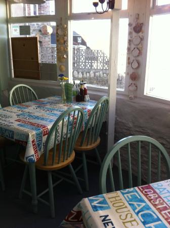 Harbour Rest Cafe: Cafe - there is a sea view!