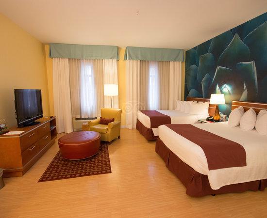 HOTEL INDIGO SAN ANTONIO RIVERWALK $99 ($̶1̶4̶7̶) - Updated