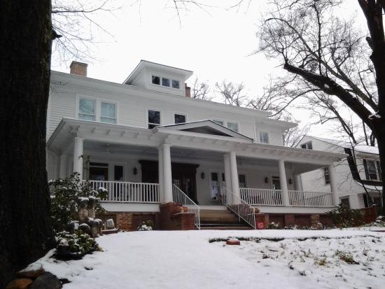 Park House Bed & Breakfast: Another view after snow. (Snow is unusual in Greenville.)