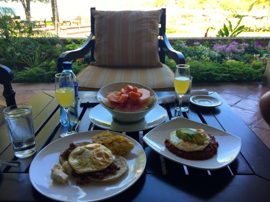 la finca y el mar breakfast