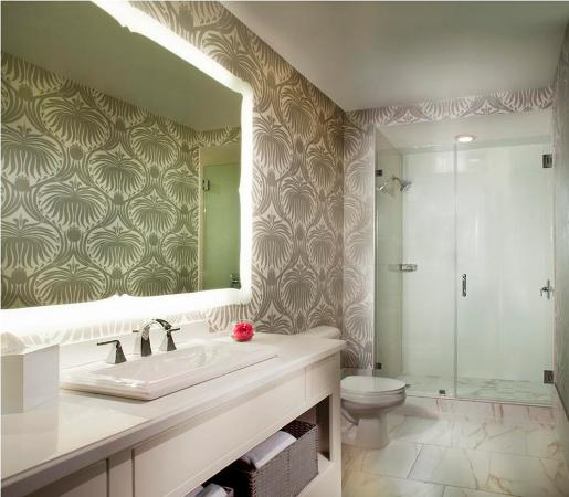 The Silversmith Hotel: Bathroom