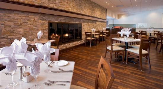 Holiday Inn Barrie Hotel & Conference Centre: Tattingers Restaurant