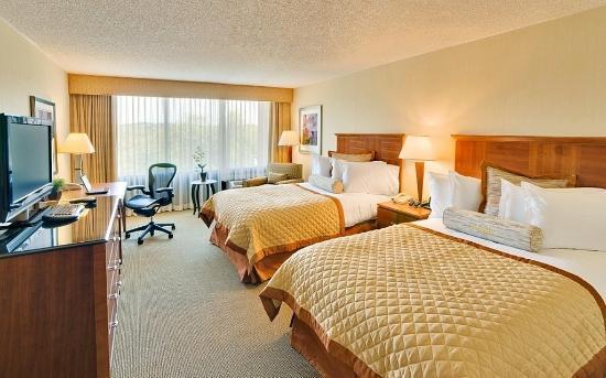 Wyndham Boston Andover: Double Room
