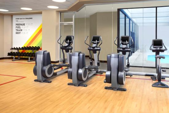 Sheraton Vancouver Guildford Hotel: Sheraton Fitness Program by Core Performance