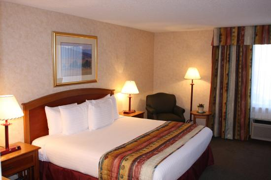 Holiday Inn Steamboat Springs: King Bed Guest Room