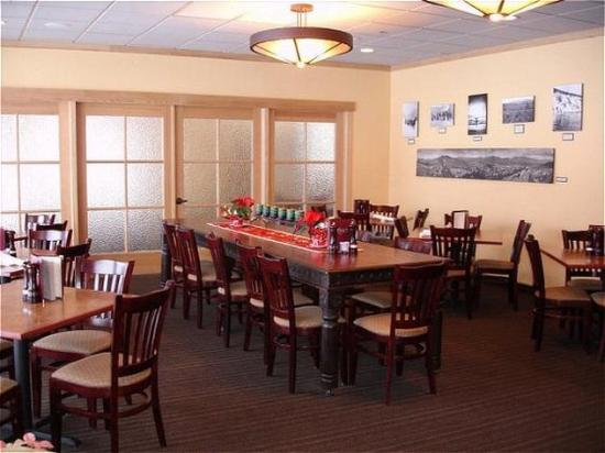 Holiday Inn Steamboat Springs: Restaurant Rex's American Bar and Grill
