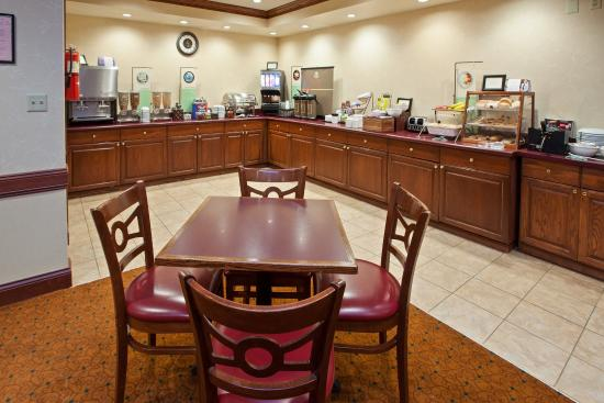 Country Inn & Suites By Carlson, Chattanooga I-24 West: CountryInn&Suites Chattanooga I-24  BreakfastRm