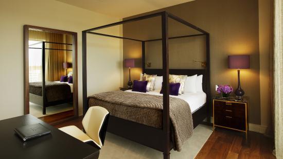 The Dupont Circle Hotel Photo