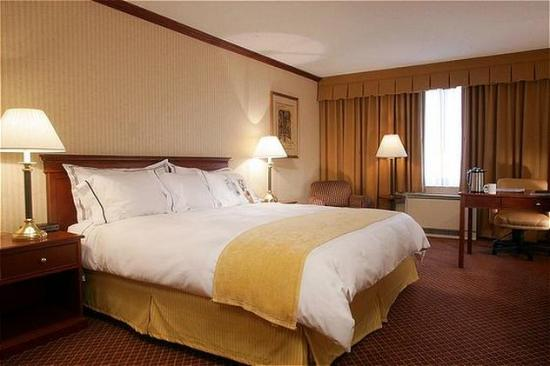 Doubletree By Hilton Hotel Denver Thornton Sleep Number Bed King
