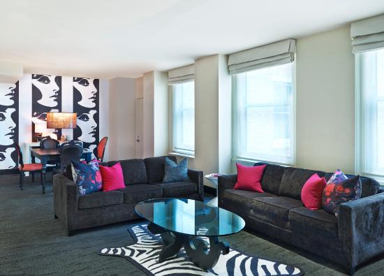 W Chicago - City Center: The Suites Two Bedrooms