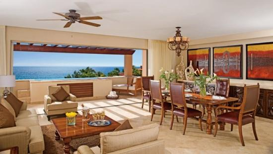Casa del Mar Golf Resort & Spa: Master Suite