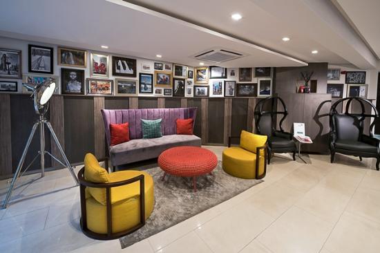 Maison fahrenheit hotel maison lobby