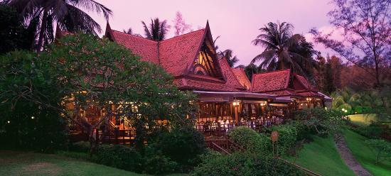 Dusit Thani Laguna Phuket: Ruen Thai Exterior