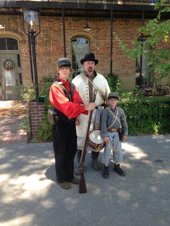 Jefferson General Store : Civil War reenactors on the street outside the store