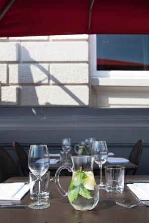 Park Plaza Victoria Amsterdam: Brasserie Terrace