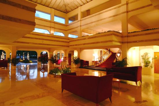 Royal St Lucia Resort and Spa: Lobby
